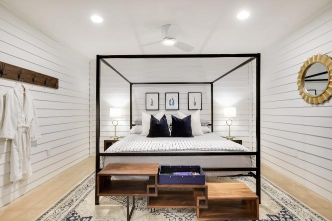 034_Guest Apt Bedroom